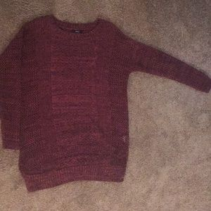 Black and red knit sweater! Very J